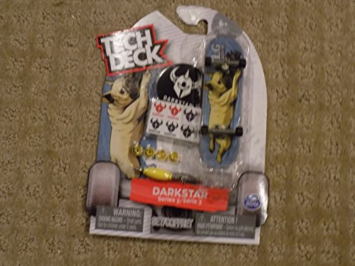 Tech Deck Darkstar Series 3 Pug Dog - 96mm Fingerboard (Tech Deck Skate Shop)