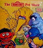 img - for The Sesame Street Pet Show (Look Listen and Learn) [Paperback] by Emily Perl ... book / textbook / text book