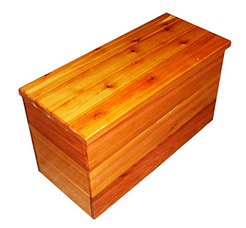 Cedar Chest and Storage Bench Size 30 x 19 x 13 inches by Steve's Gift Shoppe by Steve's Gift Shoppe