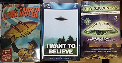 Atlantis UFO Flying Saucer Gift Set with 3 Kits and Collectible Fridge Magnet (Flying Magnet)
