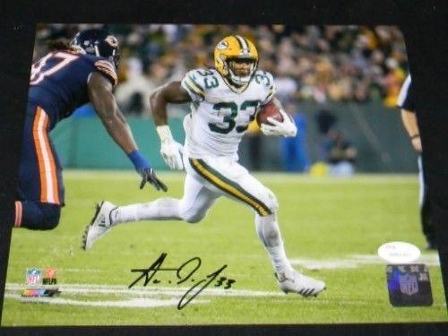 Signed Aaron Jones (Green Bay Packers) Photograph VS BEARS 8x10 JSA Certified Autographed NFL Photos