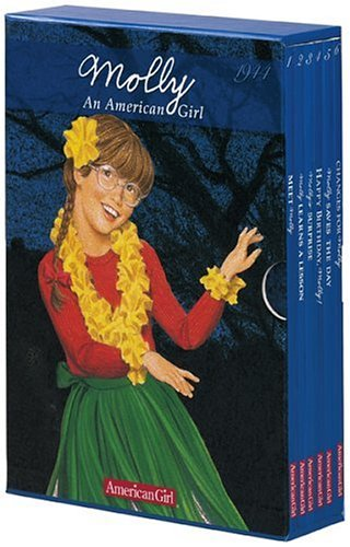 Molly: An American Girl : 1944 (American Girl Collection) by Brand: American Girl Publishing Inc (Image #1)