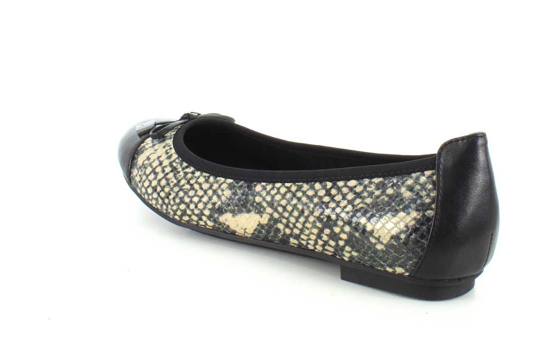 Vionic Women's Spark Minna Ballet Flat B00YNN30WA 6.5 C/D US|Natural Snake