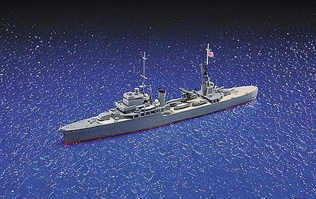 (Aoshima Japanese Light Cruiser Katori Model Kit)