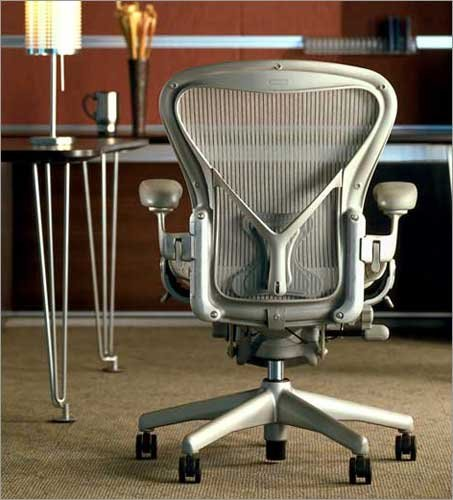 Herman Miller Classic Aeron Task Chair: Highly Adj w/Posture
