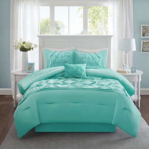 King Size Comforter Set 5 Piece Cavoy Comforter Set 5 Piece Tufted Pattern Aqua King size includes 1 Comforter 2 Shams 1 Decorative Pillow 1 Bed Skirt