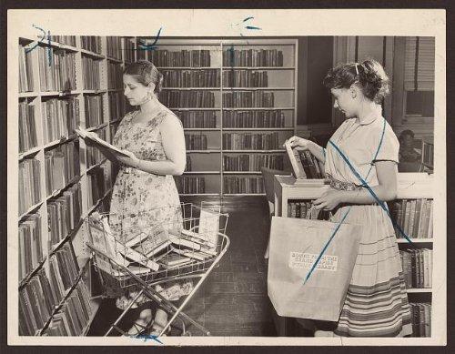 Photo: Supermarket, shopping cart, library, Grand Rapids, MI, c1955 . Size: 8x10 - Shopping Grand Rapids