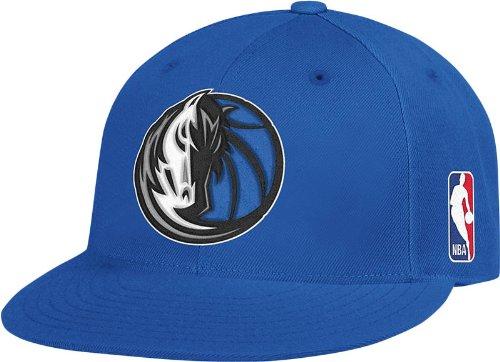 NBA Dallas Mavericks Flat Brim Flex Fit Hat, Large/X-Large
