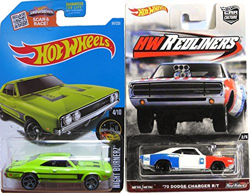 Hot Wheels Charger Edition Cars Redliners '70 Dodge R/T & '69 Dodge Charger 500 Night Burnerz #84 Green Cars in Protective Cases