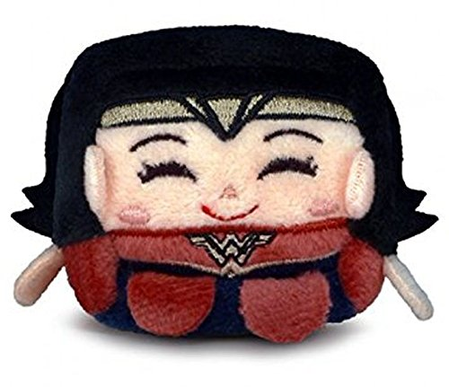 Kawaii Cubes: Batman v Superman - Wonder Woman Small Plush Figure (Cube Renaissance)