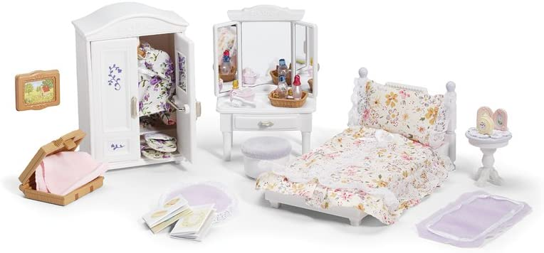 https://www.amazon.com/dp/Calico Critters Deluxe Floral Bedroom Set/?tag=isisparenting-20