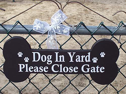 Adonis554Dan Dog Bone Cutouts Dog in Yard Please Close Gate Wood Vinyl Sign Paw Prints Outdoor Decor Wood Cutouts Gate Sign Gift Ideas Wood Plaque Fence