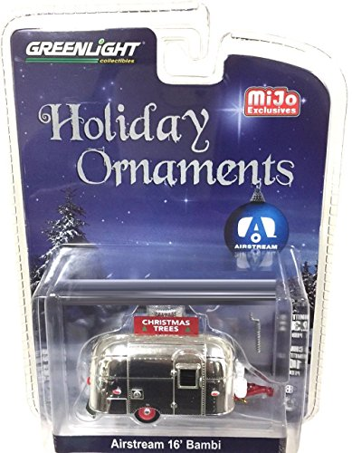 COLLECTION - HOLIDAY ORNAMENTS CHROME AIRSTREAM 16' BAMBI Diecast Model Car By Greenlight ()