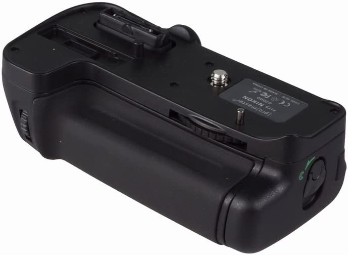 Promaster Vertical Control Power Grip for D7000