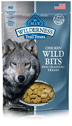Blue Buffalo Wilderness Trail Treats Wild Bits Grain Free Soft-Moist Training Dog Treats, Chicken Recipe 4-oz bag