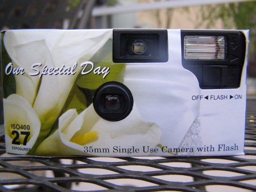 10 Pack Calla Lily Disposable Wedding Cameras in Matching Gift Boxes with Table Tents, 35mm, 27 Exposures