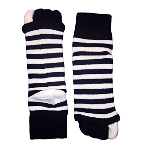 Moja Sports (Black/White, 1Pair) Toes Alignment Socks Open Five Toe Separator Spacer Relaxing Comfort Tendon Pain Relief Comfy Foot Sock Yoga Gym Pedicure (Black/White : 1 Pair, Medium) by Moja Sports (Image #3)