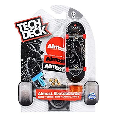 Tech Deck 96 mm Board Style Varies: Toys & Games