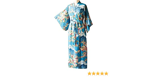 ed116cb360f Amazon.com  Women s Mount Fuji Cherry Blossom Yukata  Clothing