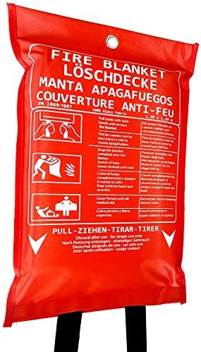 UNIMON Löschdecke Brandschutzdecke - 1,2x1,2 m große Feuerlöschdecke DIN EN 1869 geprüft - Erste Hilfe & Sicherheit