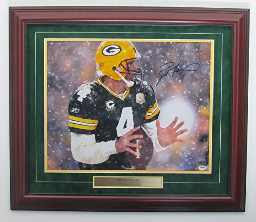 Brett Favre Packers Signed/Autographed 16x20 Photo Framed PSA/DNA 141748