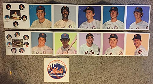 1974 Dairylea New York Mets Souvenir Photo Album w/ Original (New York Mets Photo Album)