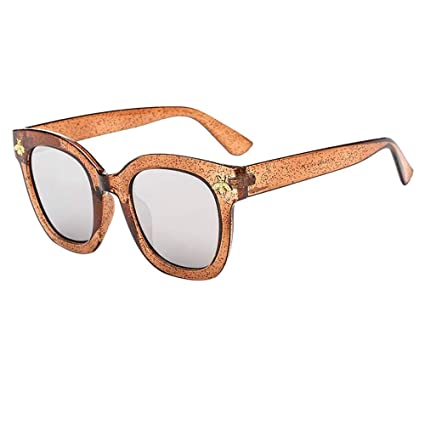 74b7d8738b Amazon.com   Pausseo Women Men Fashion Retro Bees Frame Vintage ...