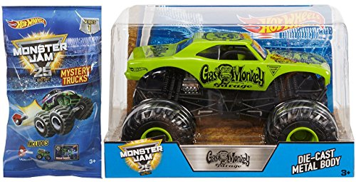 y MONSTER JAM 2017 Green Truck 1:24 & Mini Mystery Trucks Blind Bags (Series 1) with Launcher 25th Anniversary 2017 (Monster Truck Jumping Cars)