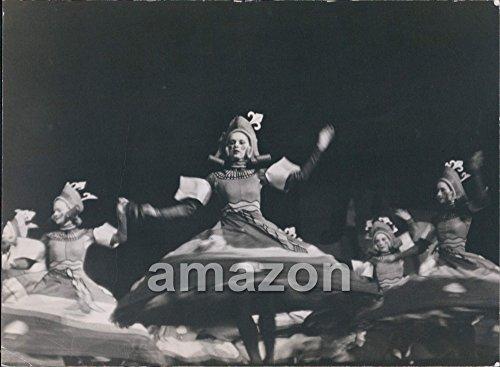 Vintage Photo of Vintage Dance: Ballet At Radio City Music Hall (AIB-681)