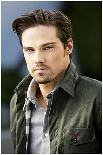 Beauty And The Beast With Jay Ryan Looking Serious 8 X 10 Inch Photo At Amazon S Entertainment Collectibles Store