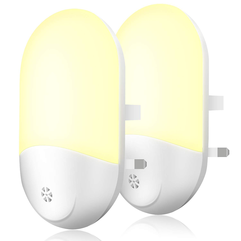FYLINA 2 Pack Plug-in Night Light, Warm White LED Nightlighting Lamp, Dusk to Dawn Sensor, Plug and Play Wall Light for Babyroom Kids' Bedroom,Bathroom, Hallway, Stairs,Landing Energy Efficient A+++ TI98013-WHEUK