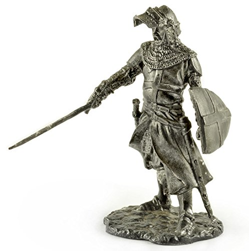 - Knight of the Order of St. John. XIII century. Metal sculpture. Collection 54mm (scale 1/32) miniature figurine. Tin toy soldiers