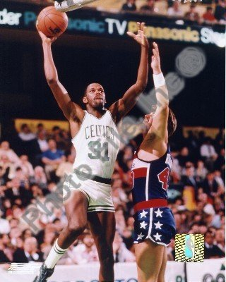 Cedric Maxwell Boston Celtics NBA Action Photo 8x10 #2