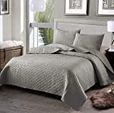 Exclusivo Mezcla 3-Piece King Size Quilt Set Pillow Shams, as Bedspread/Coverlet/ Bed Cover(Solid Light Grey) - Soft, Lightweight, Reversible& Hypoallergenic