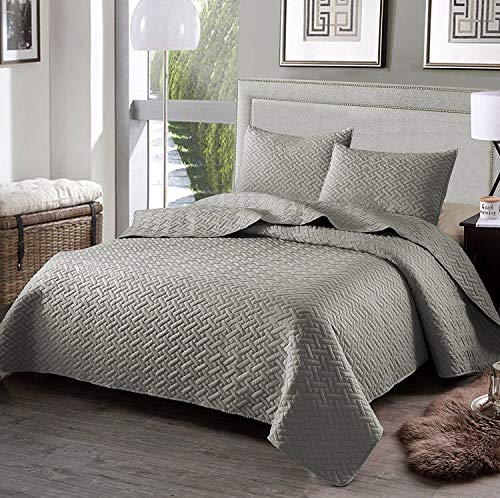Exclusivo Mezcla 3-Piece King Size Quilt Set Pillow Shams, as Bedspread/Coverlet/ Bed Cover(Solid Light Grey) - Soft, Lightweight, Reversible& ()