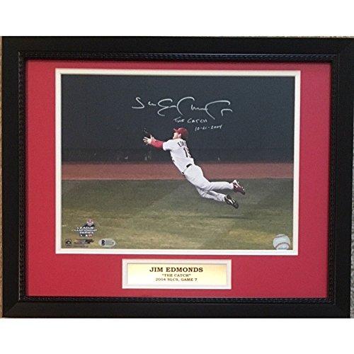(Jim Edmonds Autographed Cardinals 2004 Nlcs Catch 11x14 Photo - Beckett Certified Framed)