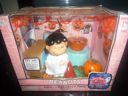 Peanuts Lucy At the Halloween Party Figure