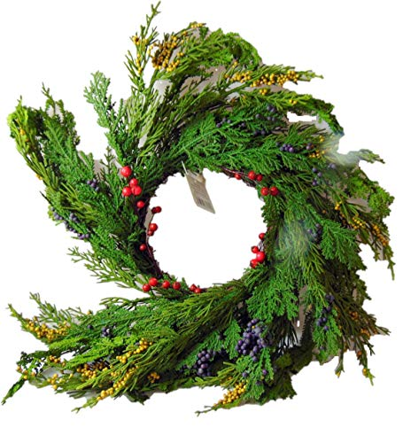 Natural Looking Cedar and Berry Christmas Candle Ring 14 Inch Ring Fits A 4 Inch Pillar Candle (Not Included) (Pillar Cedar Candle Glass)