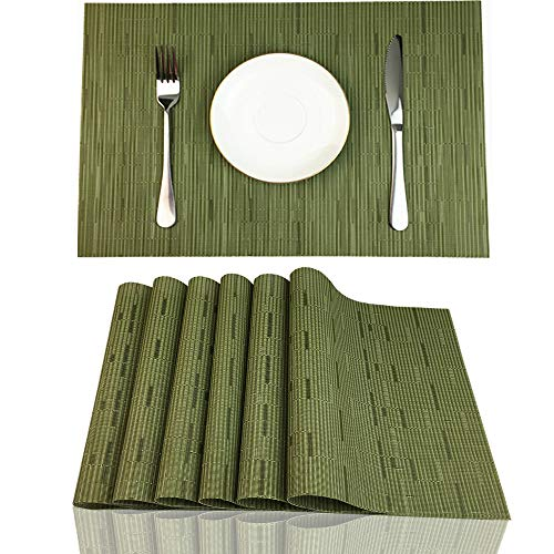 Green Rustic Dining Table - Red-A Placemats Set of 6 for Dining Table Heat-Resistant Washable Place Mats Woven Vinyl Kitchen Table Mats Easy to Clean,Green