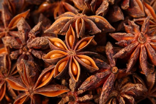 spicy-world-star-anise-3-ounce