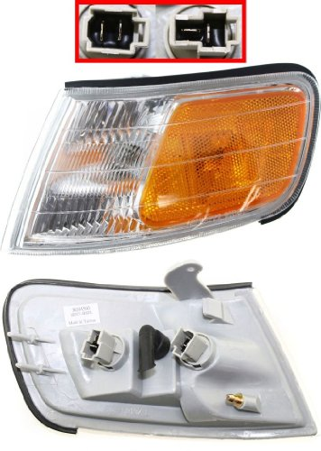 OE Replacement Honda Accord Front Driver Side Marker Light Assembly (Partslink Number HO2550109)