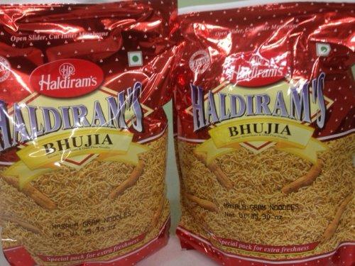 set-of-2-haldirams-bhujia-savory-spiced-beans-gram-flour-noodles-3530oz-1kg