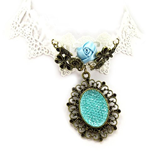Costume Courtisane (Ras designer neck 'Courtisanes' turquoise ivory (lace).)