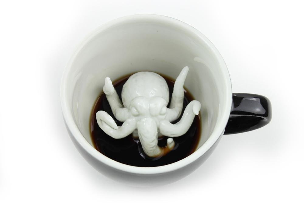 CREATURE CUPS Cthulhu Ceramic Cup (11 Ounce, Black) | Hidden Creepy Animal Inside | Halloween, Holiday and Birthday Gift for Coffee & Tea Lovers