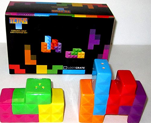 (Loot Crate Official Tetris Ceramic Salt and Pepper Set DX Exclusive)