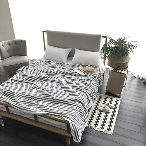 white and grey quilt - 3