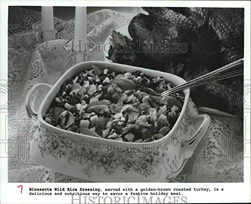 1990 Press Photo Minnesota Wild Rice Dressing, Thanksgiving Day food dish