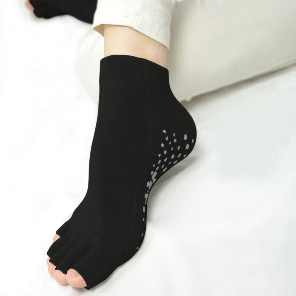 DKGP Yoga Socks With CoolPlus Fiber Anti-Slippery Grippers 4 Pairs