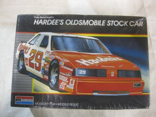 Cale Yarborough's Hardee's Oldsmobile Stock Car Model Kit 1987 ()
