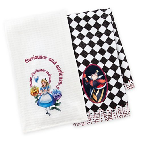 Disney Parks Alice in Wonderland Queen of Hearts Kitchen Dish Towel Set of 2